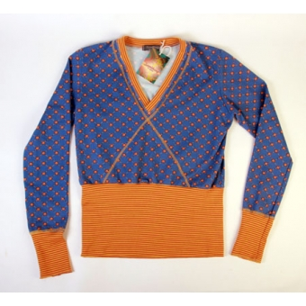 Sweater blue square flower